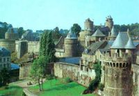 Fougeres the castle.jpg